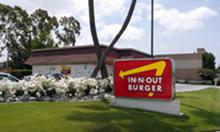 In-N-Out Burger - Lakewood, CA, 5820 Bellflower Blvd..