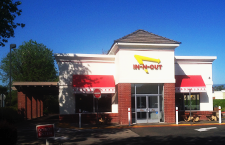 In-N-Out Burger - Vacaville, CA, 170 Nut Tree Pkwy..